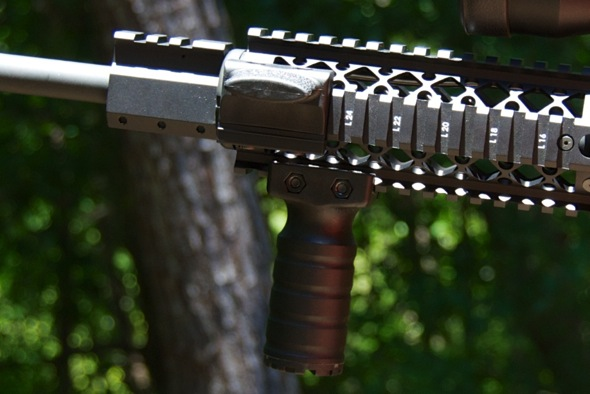 Blackhawk Rail Mount Vertical Grip